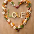 VALENTINE LOVE HEART - Fruity, Fresh, Healthy! 5-a-day! — Zdjęcie stockowe