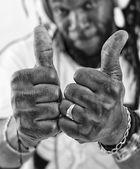 Rasta show thumbs up — Stock Photo