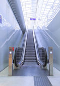 Escalator on Railwaystation — Stock Photo