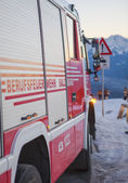 Fire and rescue service in the mountains — Stock Photo