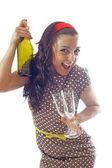 Mujeres con botellas y vasos — Foto de Stock
