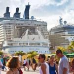 Cruise Port in Philipsburg, St. Maarten — Stock Photo