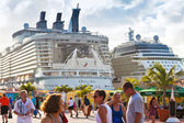 Cruise Port in Philipsburg, St. Maarten — Stock Photo
