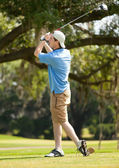 Adolescent Playing Golf — Stock Photo