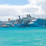 Busy Port in St. Maarten — Stock Photo