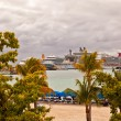Постер, плакат: Cruise Ships in St Maarten