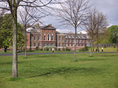 Kensington Palace, London — Stock Photo