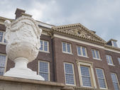 Royal palace Het Loo in the Netherlands — Stock Photo