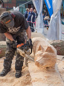 Wood carving at Sculpture Festival — 图库照片