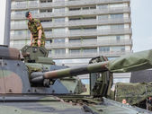 Soldier standing on tank — Stock Photo