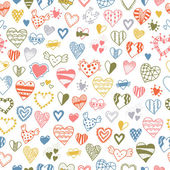 Seamless pattern of hand drawn doodle hearts — ストックベクタ