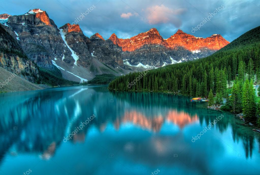 Фотообои Морейн Озеро Восход Красочный Пейзаж