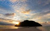 Setting sun with dramatic sky at Sabah, Borneo, Malaysia — Stock Photo