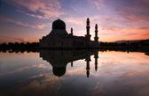 Kota Kinabalu mosque at sunrise in Sabah, East Malaysia, Borneo — Stock Photo