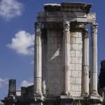 Temple of Vesta — Stock Photo #17405635