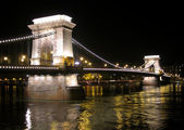 Chain bridge and the Danube from the Buda, Budapest. — Stockfoto