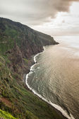 View of beautiful mountains and ocean on northern coast near Boaventura, Madeira island, Portugal — 图库照片