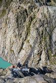 The bridge spans the lake, Triftsee, Switzerland — Stock Photo