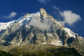 CHAMONIX: Aiguille du Midi, Mont-Blanc, Chamonix, France. — Stock Photo