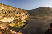 ランサローテ島、カナリア諸島、スペインの緑のラグーン — ストック写真