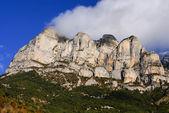 Mountains in Ordesa National Park, Pyrenees, Huesca, Aragon, Spa — Stock Photo