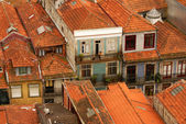 Thin houses in old town, Porto, Portugal — Zdjęcie stockowe