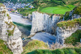 White cliffs on the coast of France near the town of Etretat in  — Stock Photo