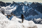 Mont Blanc, Chamonix, French Alps. France. - tourists climbing u — Stock Photo