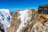 View of the rock of Aiguille du Midi, mont-Blanc, France, by bea — Foto Stock