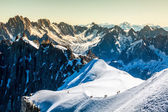 Mont Blanc, Chamonix, French Alps. France. - tourists climbing u — Stock Photo