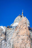 View of the rock of Aiguille du Midi, mont-Blanc, France, by bea — Stockfoto