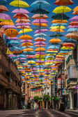 马德里,西班牙 2014 年 7 月 25 日背景流光溢彩的街道装饰 — 图库照片