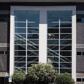 Dettaglio architettonico di un edificio moderno — Foto Stock