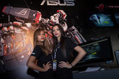 Two beautiful hostesses at Games Week 2013 in Milan, Italy — Stock Photo