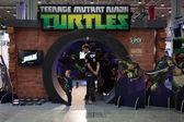 Ninja turtles stå på g! kom giocare i milano, italien — Stockfoto
