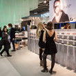 People visiting Mido 2014 in Milan, Italy — Stock fotografie #41928483