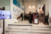 People visiting Esxence 2014 in Milan, Italy — Zdjęcie stockowe