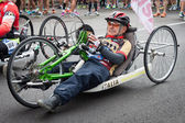 Disabled athlete taking part in Stramilano half marathon — Stockfoto