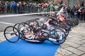 Disabled athletes taking part in Stramilano half marathon — Stockfoto