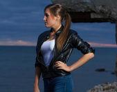 Portrait of beautiful woman posing on beach — Stock Photo