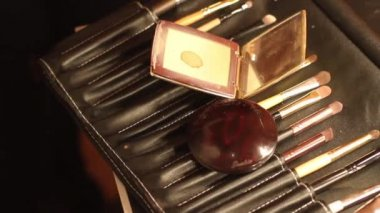 Footage of make up instruments, brushes and case — Stock Video