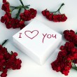 Notebook with marker inscription I love you and roses — Εικόνα Αρχείου #39878411