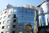 Vienne. place de stefan. bâtiment moderne. — Photo