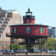 Flat red Lightghouse in Baltimore Maryland Harbor — Stockfoto