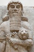 Ancient Babylonia and Assyria sculpture bas relief from Mesopotamia — Stock Photo