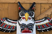 A totem wood pole detail — Stockfoto