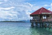 Letovisko v tropickém ráji tyrkysové vody — Stock fotografie