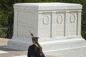 Unknown soldier monument in Arlington Cemetery — Stock Photo