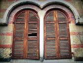 Twins Windows in Verona — Stock Photo
