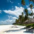 Trobical beach in Zanzibar — Stock Photo